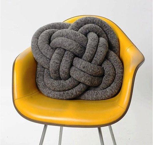 подушка декоративная в виде узла турецкая голова
