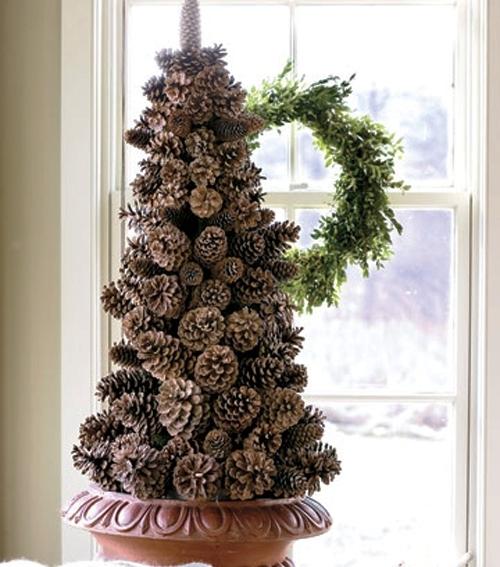 рождественская елка своими руками из шишек