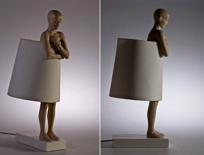 светильник в виде человека