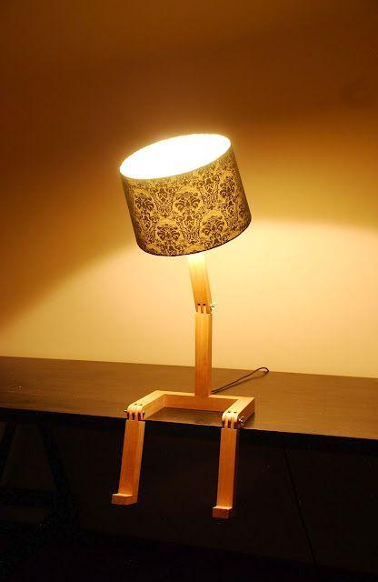 лампа на шарнирах