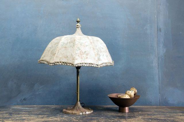 светильники из зонтов