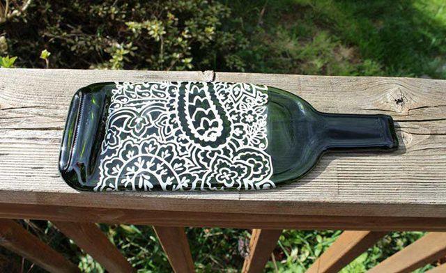 поднос - поделки из стеклянных бутылок