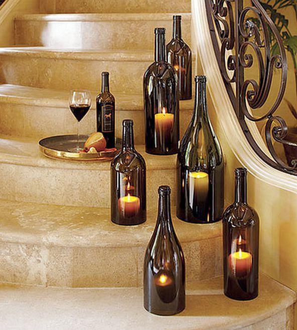 подсвечники из стеклянных бутылок