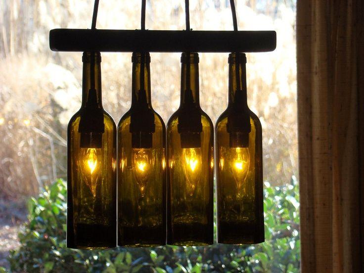 светильник из бутылок от вина