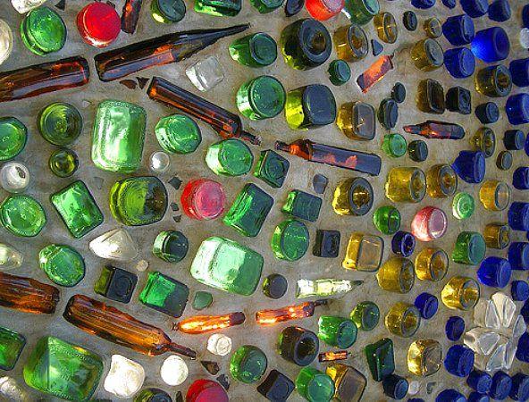стены из винных бутылок