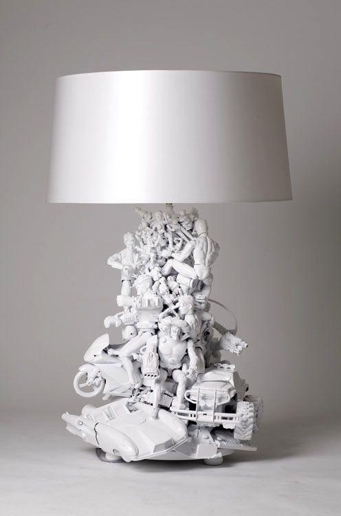 декор игрушками - настольная лампа