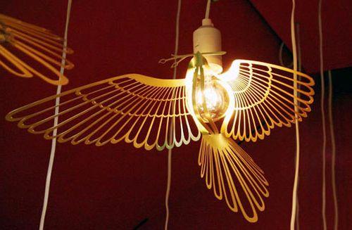 светильник в форме птицы