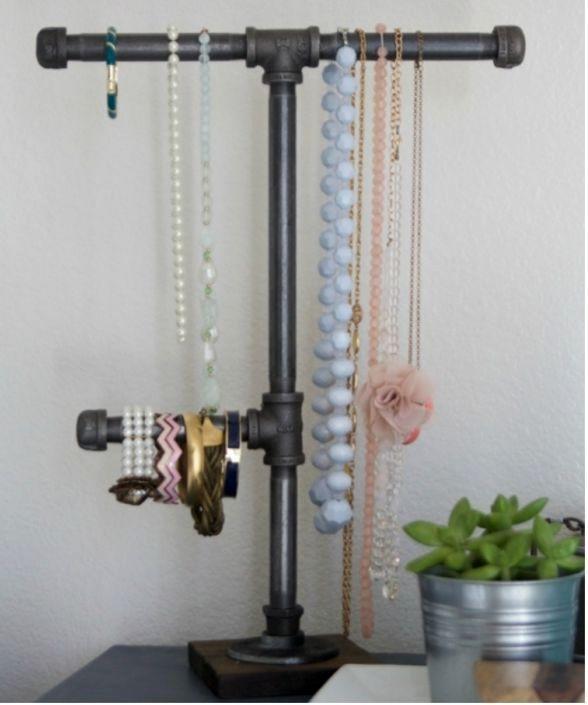 подставка для украшений из трубы