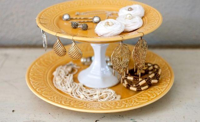 подставка для украшений своими руками из тарелок