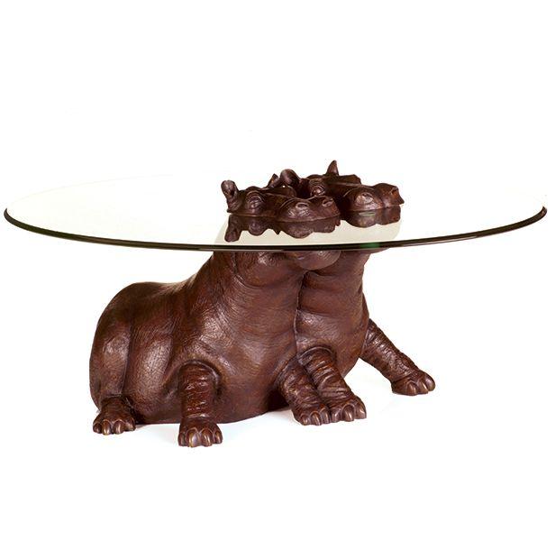 кофейный столик со скульптурой