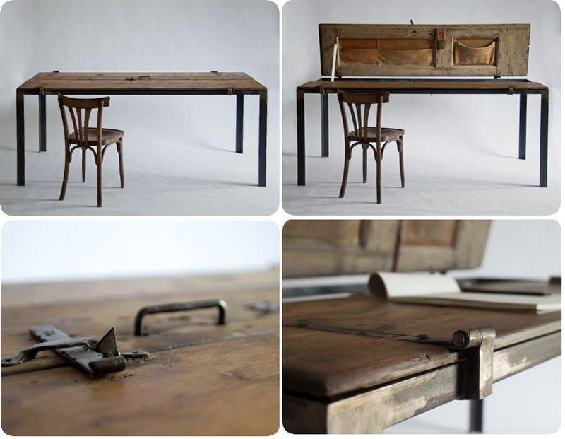 большой стол из старой двери
