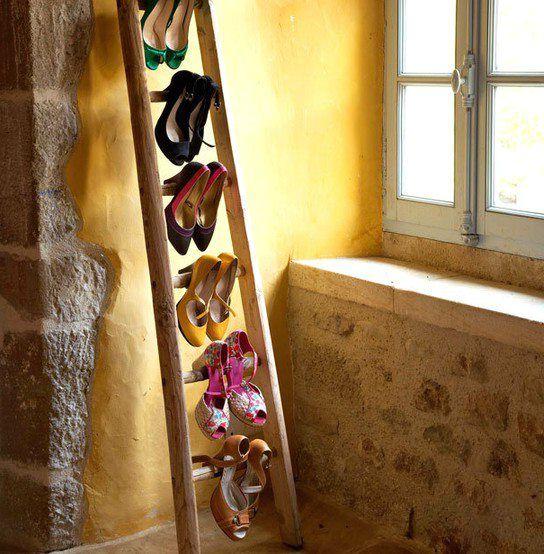 вешалка для туфлей из лестницы-стремянки