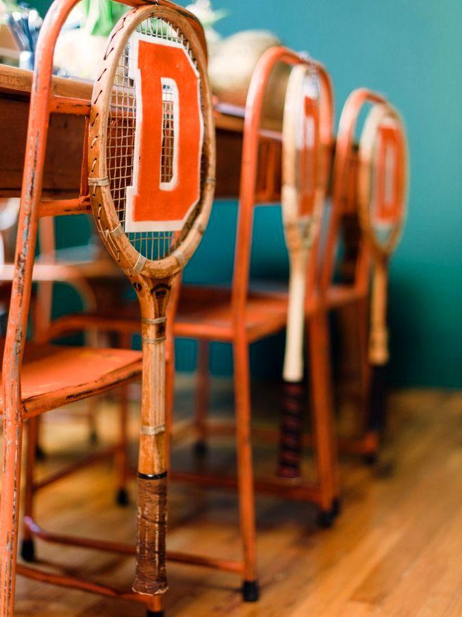 декор спинки стула старыми ракетками