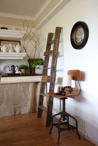 лестница-стремянка как полки