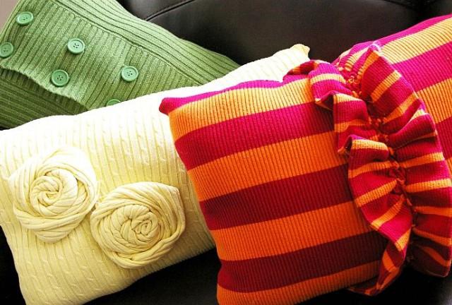 наволочки своими руками из старых свитеров ярких расцветок