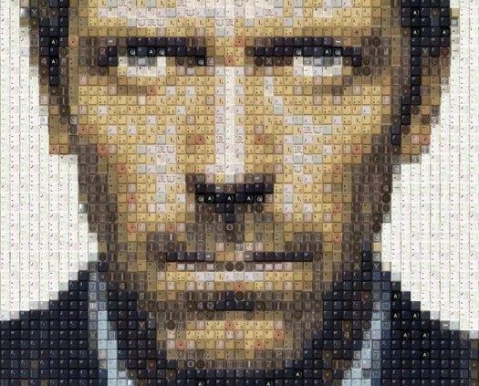 портрет Хью Лои из клавиш старой клавиатуры