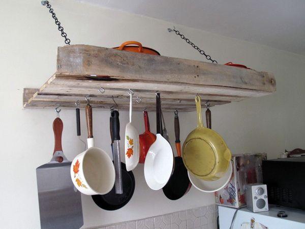 полки из поддонов для сковородок