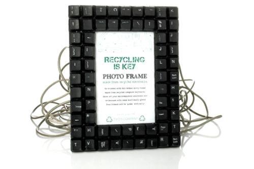 что сделть из старой клавиатуры - рама для фотографий