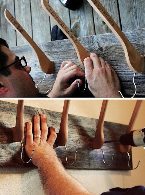 настенная вешалка своими руками из вешалок