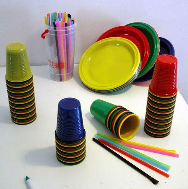поделки из одноразовой посуды и трубочек