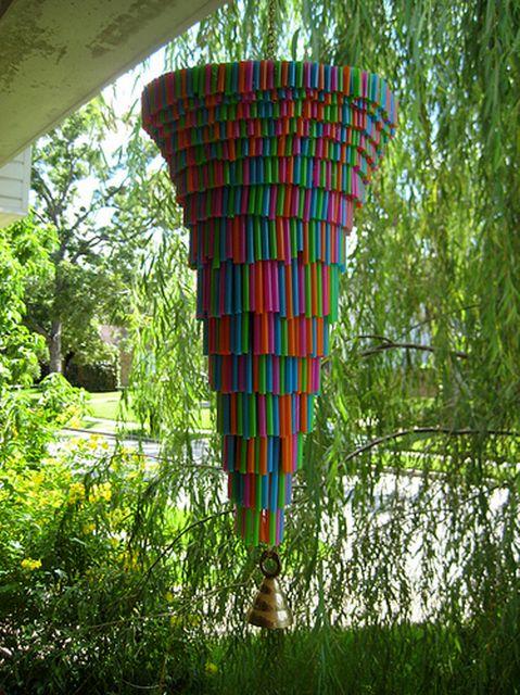 голос ветра из пластиковых трубочек