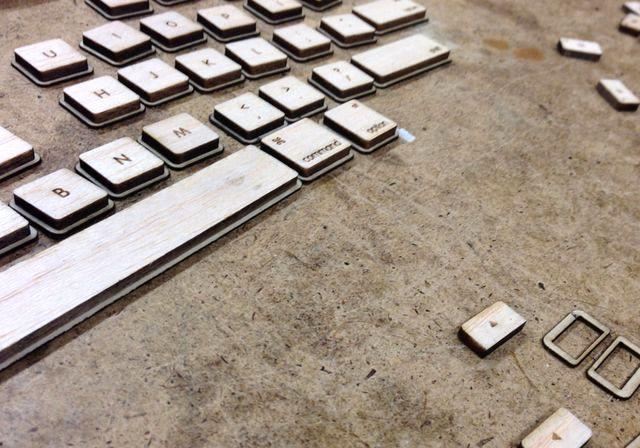 деревянная клавиатура своими руками с помощью лазерного резака