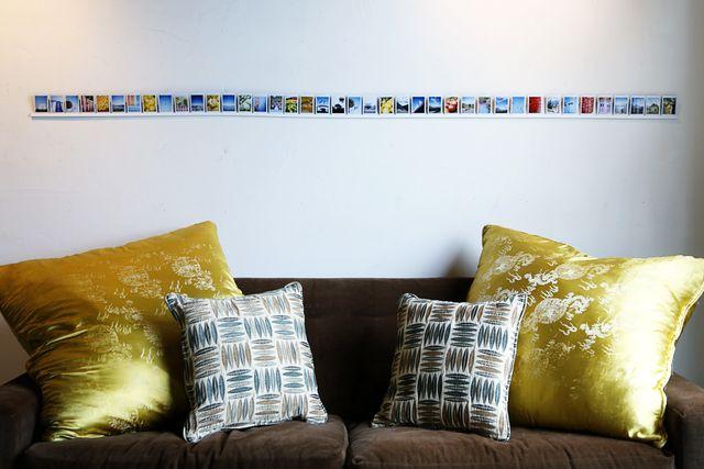 галерея фотографий на стене