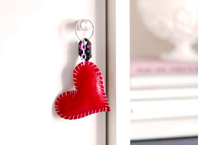 поделки сердечки в виде сердечка - брелок