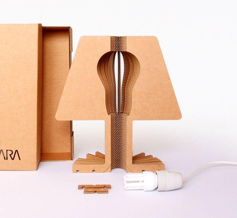 настольный светильник из картона