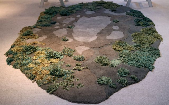 необычный коврик - трава из шерсти