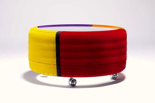 столик - мебель из шин