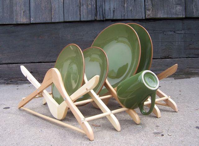 подставка под тарелки своими руками из вешалок