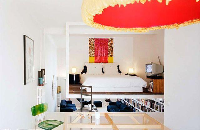подвесная спальня под потолком