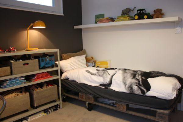 основание под матрас для детской кровати из поддонов своими руками