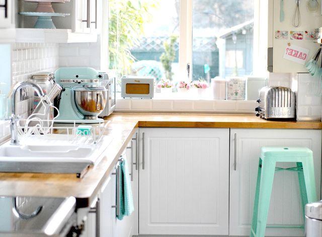 Пастельные тона в дизайне интерьера кухни
