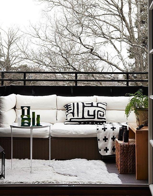красивые открытые балконы в скандинавском стиле