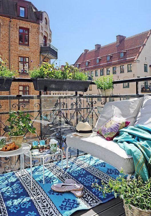 декор балкона в стиле бохо шик