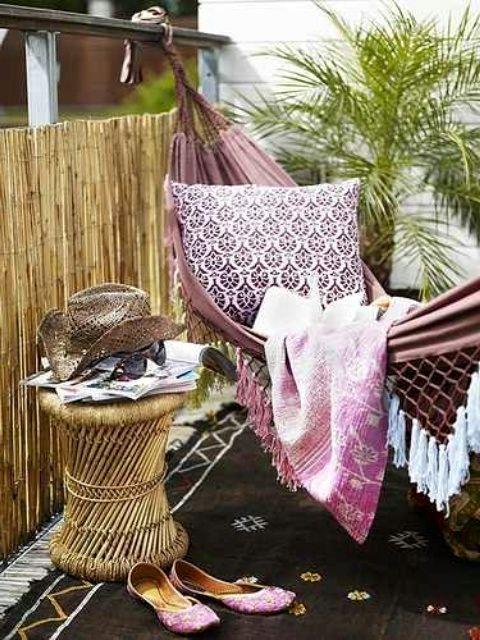 красочные идеи декора балкона в стиле boho chic
