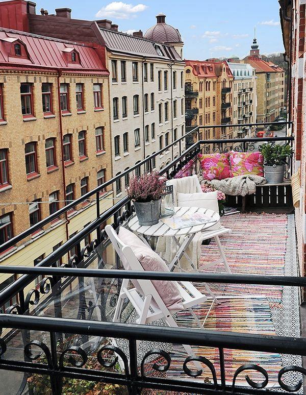 городской балкон в стиле boho chic
