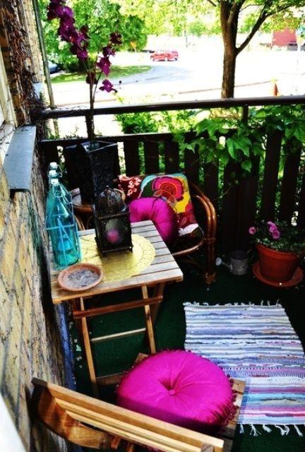 небольшой балкон в стиле boho chic
