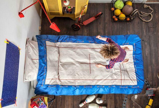 детское постельное белье snurk с изображением батута