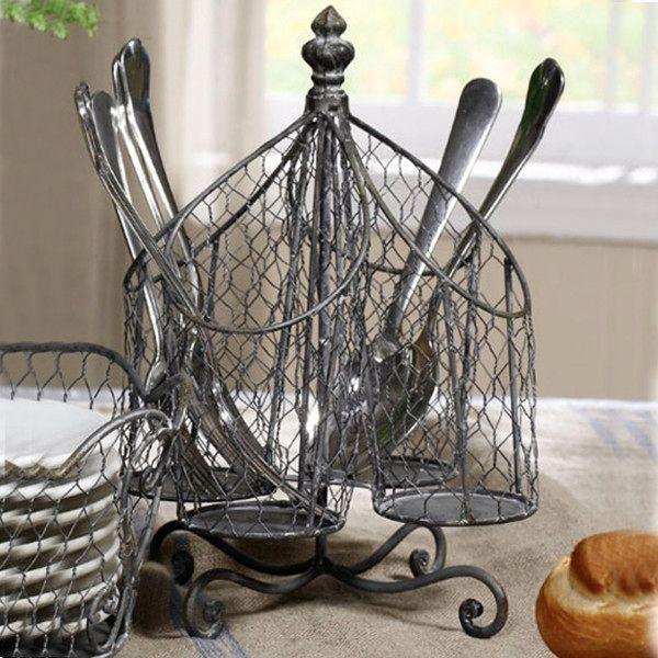 сетчатые подставки и корзины для посуды и кухонных принадлежностей