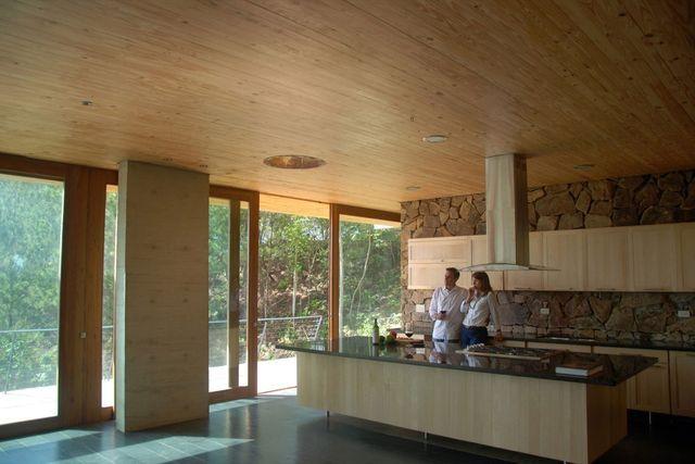 кухня эко дома в Домиикане