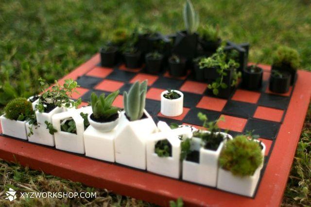 3D напечатанные шахматы-минивазоны для растений