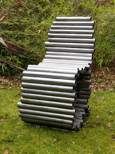 садовый стул из металлических труб