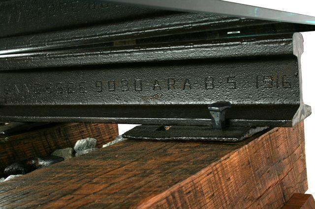 детали столика из шпал