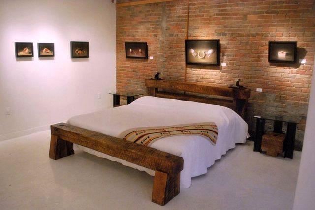 кровать из рельс и шпал