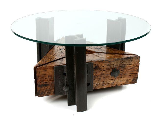 столик из рельс и шпал