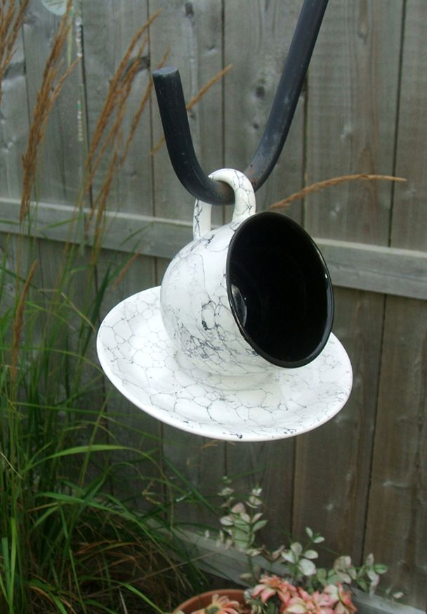 кормушка для птиц своими руками из чашки и блюдца