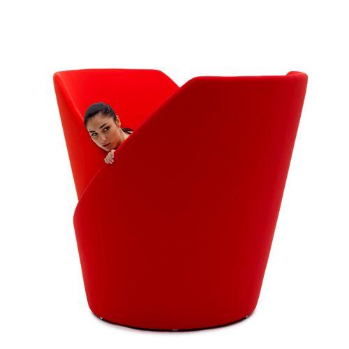закрывающееся кресло кокон